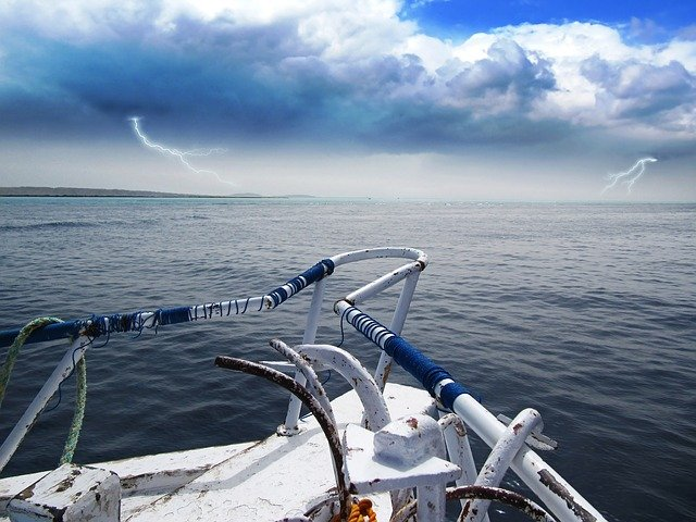 storm front approaching sip at sea
