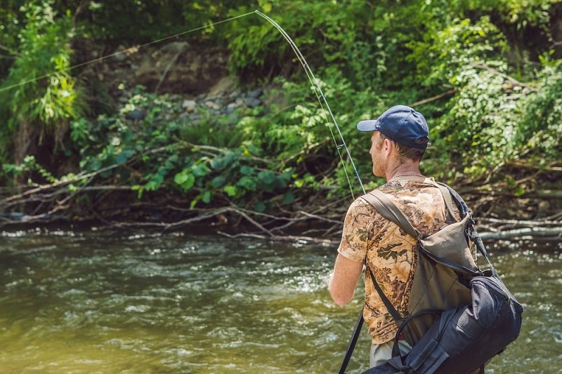 how to read river water for trout