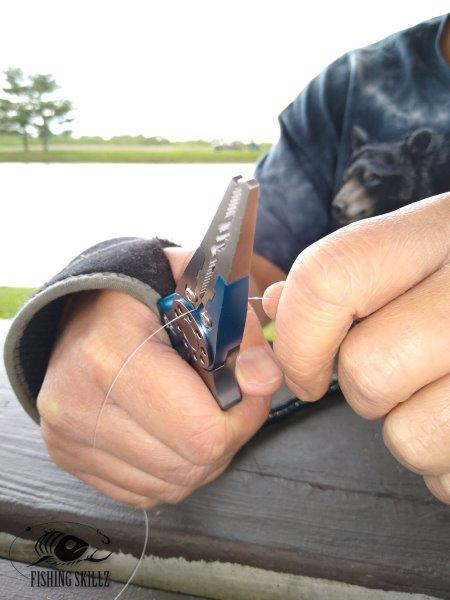 Piscifun fishing pliers can easily cut monofilament and braided fishing line